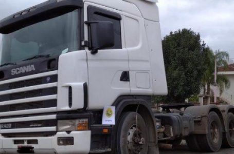 PM registra roubo de bitrem carregado de óleo vegetal e recupera cavalinho Scania em São João do Triunfo