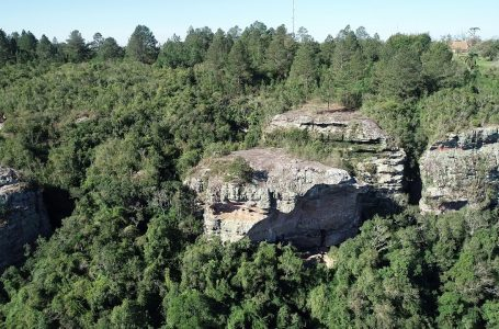 Pedras do Parque do Monge têm cerca de 300 milhões de anos