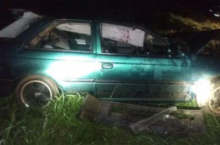 Motorista tem ferimentos graves após capotar carro na BR-277, em Palmeira