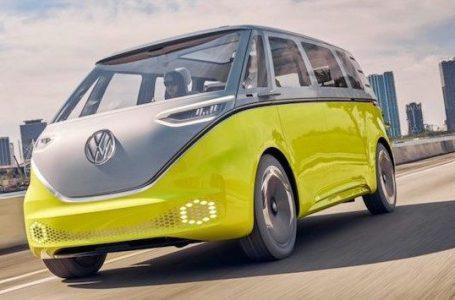 Kombi elétrica começa a ser produzida pela Volkswagen