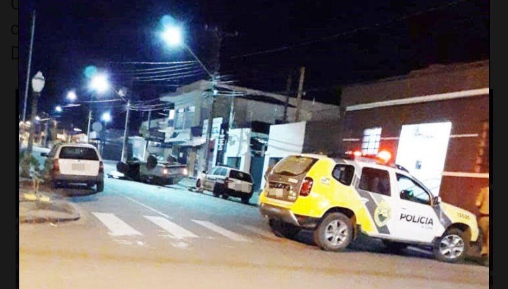 Motorista atinge viatura da Polícia Civil de Rebouças