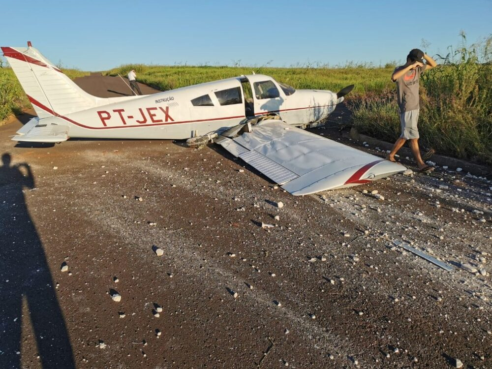 Duas pessoas ficam feridas após pouso forçado de aeronave em área rural do Paraná