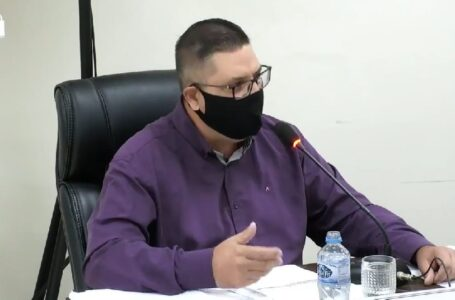 Aramis Mayer se despede da Câmara após término de licença de vereador Enéas