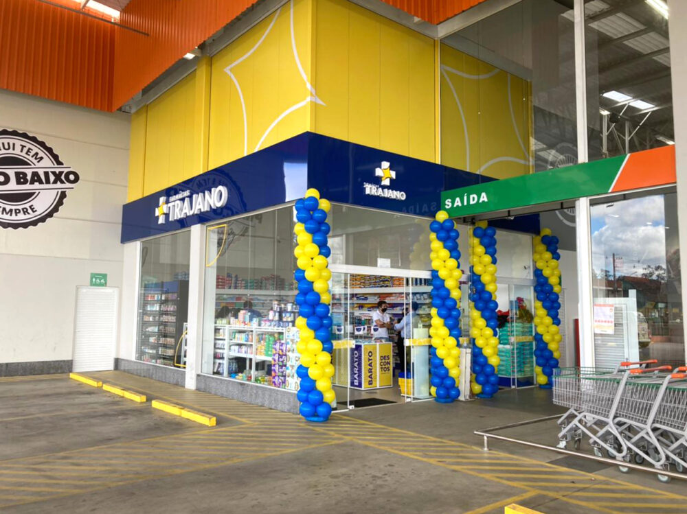 Farmácias Trajano inaugura filial em anexo ao Mariano Atacadista