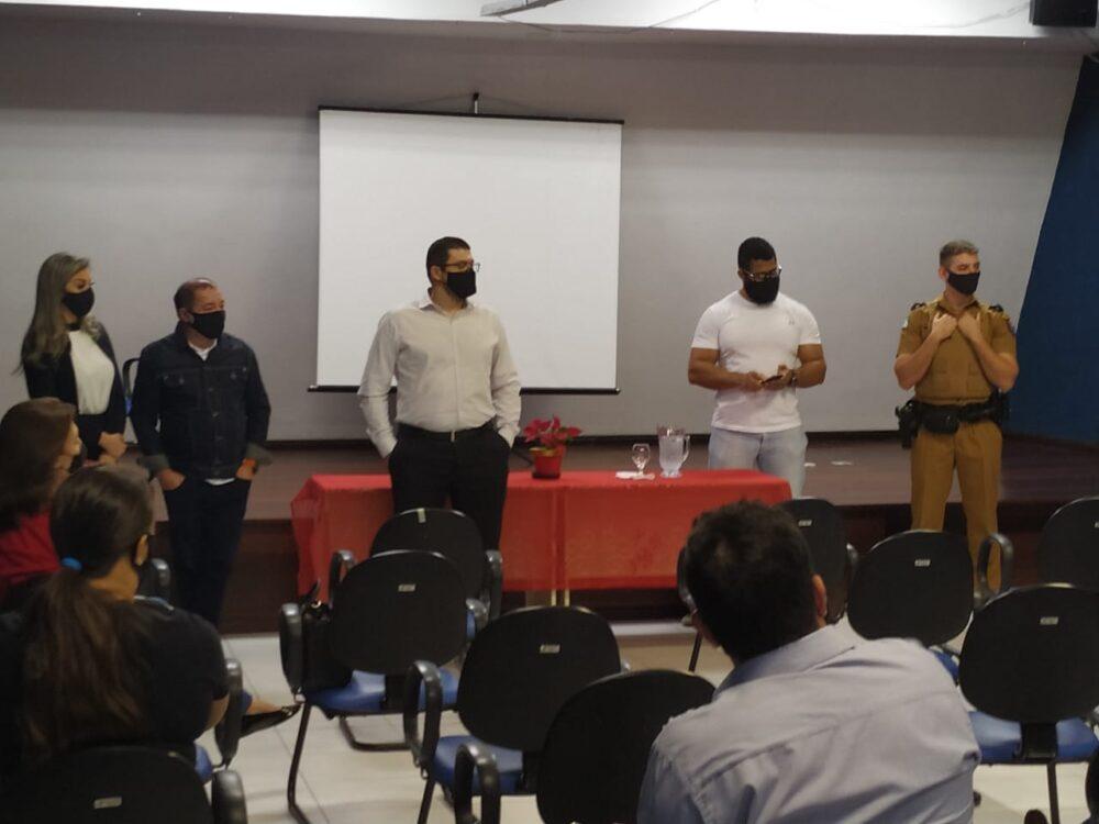 Projeto Rede de Vizinhos Protegidos é apresentado em encontro no Centro da Juventude