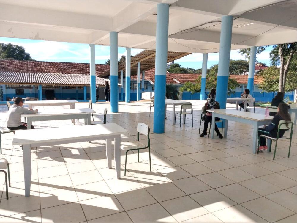 Colégio Estadual Duque da Caxias retoma atividades presenciais nesta segunda (24)