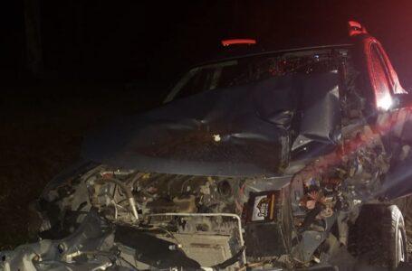 Condutor de trator foge após colisão na região de Antônio Olinto na noite desta terça (8)