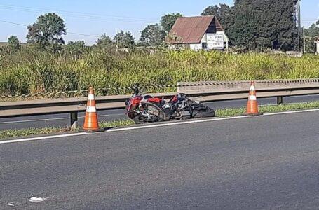 Motociclista se reúne com amigos para passeio de moto e morre após perder controle em curva da BR-277