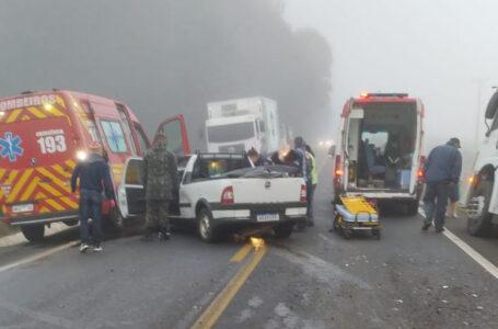Casal fica ferido em acidente na rodovia BR-280, em Irineópolis