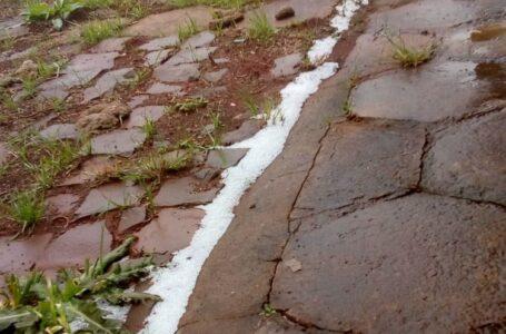 Região de Palmas registra chuva congelada e até neve