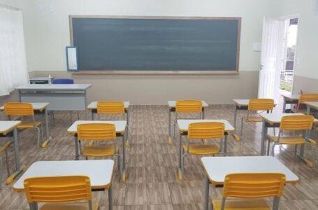 Escolas municipais e CMEIS voltam às aulas presenciais no dia 19 de julho em Irati