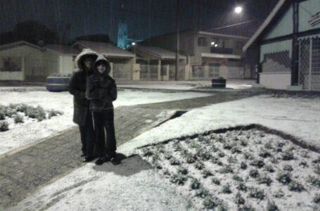 Há 8 anos nevava em São Mateus do Sul e região; assista