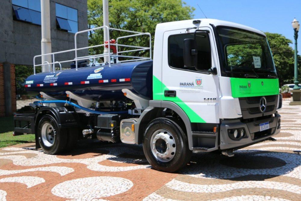 Paula Freitas e Rio Azul recebem recursos para aquisição de caminhão-pipa