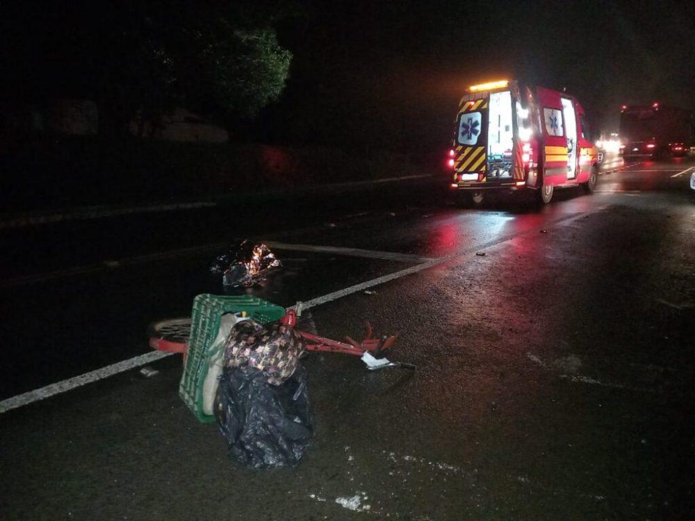 Ciclista morre em acidente na BR 280 , em Mafra