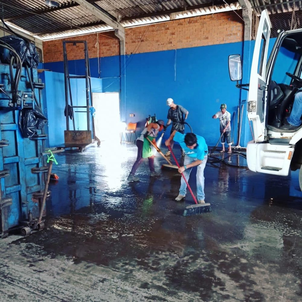 Prefeitura organiza mutirão de limpeza na Cosamar