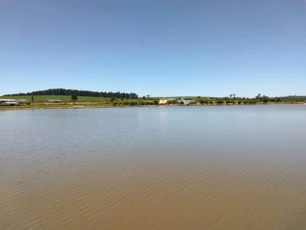 Homem é encontrado morto no Lago da Prainha, em Fernandes Pinheiro
